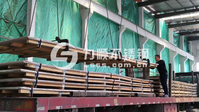 无锡力顺不锈钢:304不锈钢拉丝板厂家